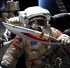Олимпийский факел впервые в истории человечества вынесли в открытый космос